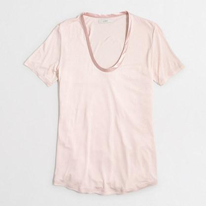 Satin neckline T-shirt