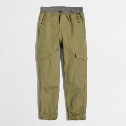 Boys' slim and slouchy cargo pant