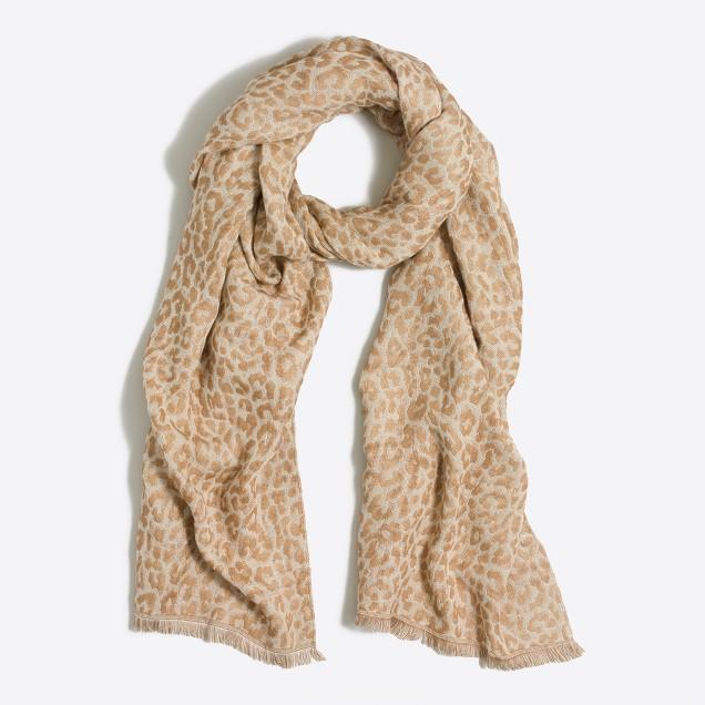 Reversible printed scarf