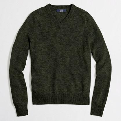 Slim lambswool V-neck sweater