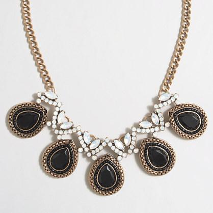 Stone centerpieces necklace