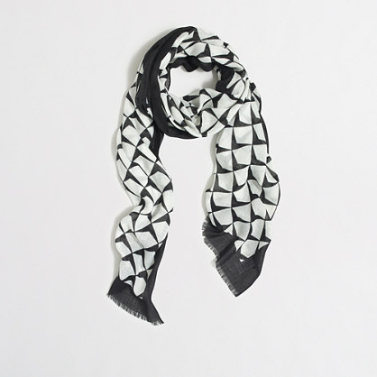 Abstract diamond scarf