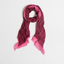 Factory contrast scarf