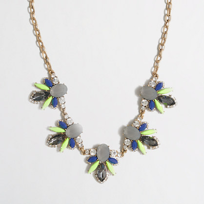 Stone accent necklace