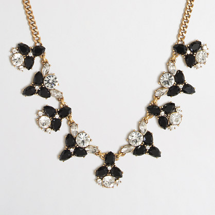 Alternating clusters necklace