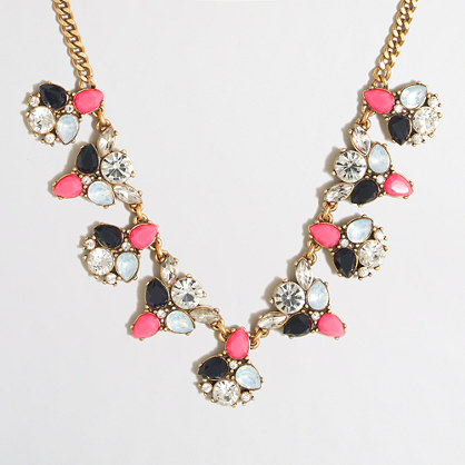 Factory alternating clusters necklace