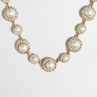 Crystal pearl necklace