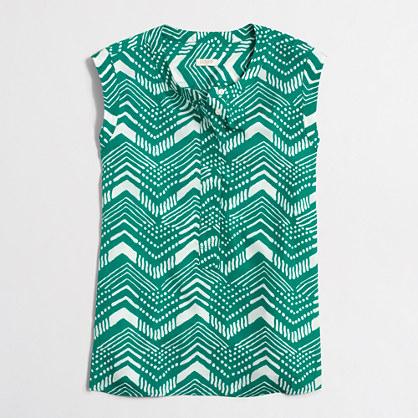 Printed drapey sleeveless popover shirt