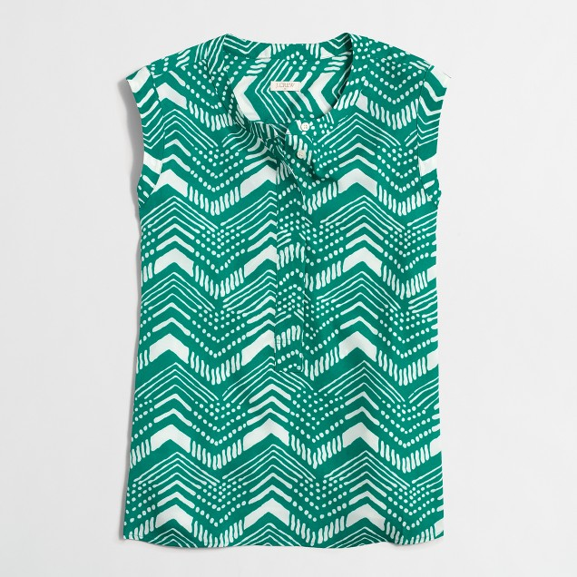 Printed drapey sleeveless popover shirt