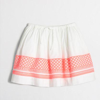 Girls' embroidered hem skirt