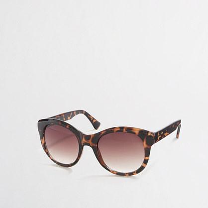 Classic oversized sunglasses