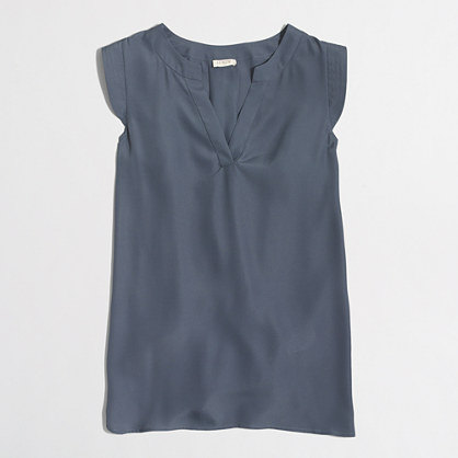 V-neck band-sleeve shell top
