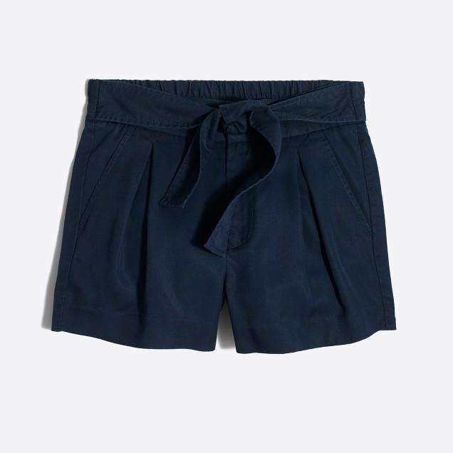 Tencel® tie-waist short