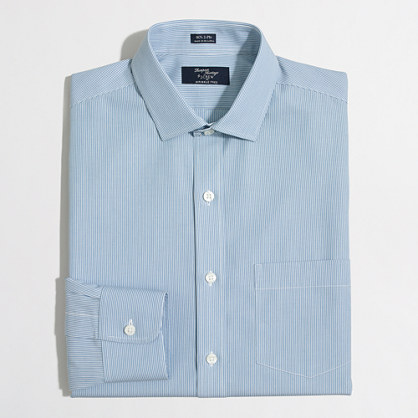 Wrinkle-free Voyager dress shirt in banker stripe