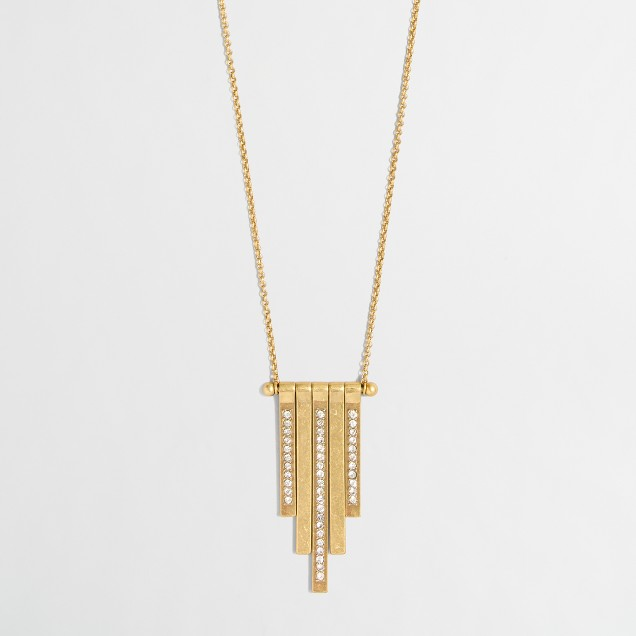 Golden swing pendant necklace
