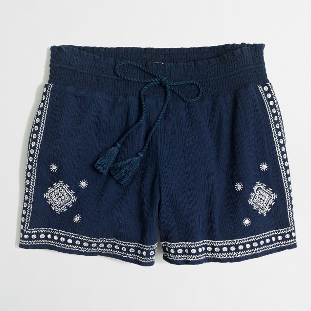 "3"" embroidered pull-on short"