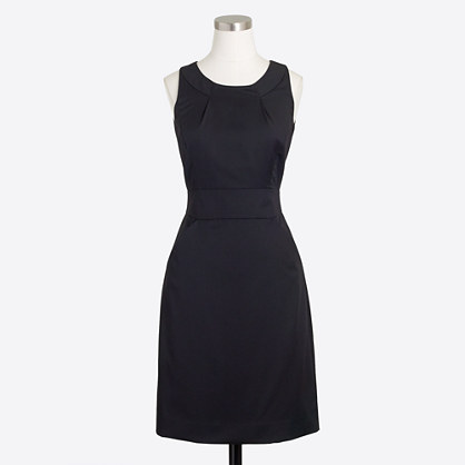 Petite wool dress with pockets