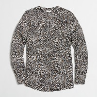 Printed drapey V-neck blouse