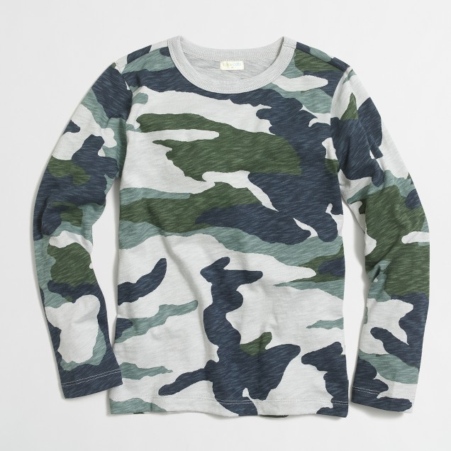 Boys' long-sleeve camo printed t-shirt