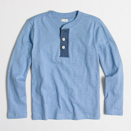 Boys' long-sleeve henley with chambray placket