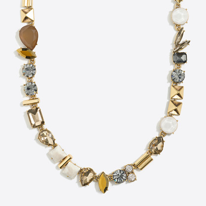 Stone parade necklace