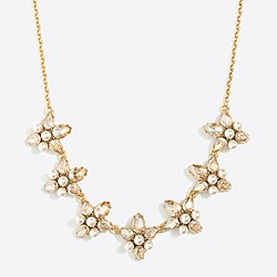 Crystal and pearl clusters necklace