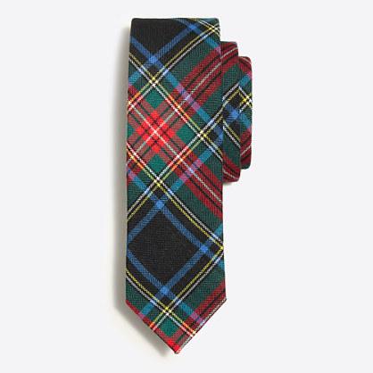 Festive plaid tie