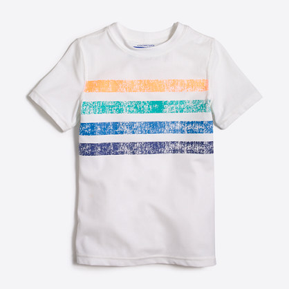 Boys' short-sleeve placed stripe graphic rashguard