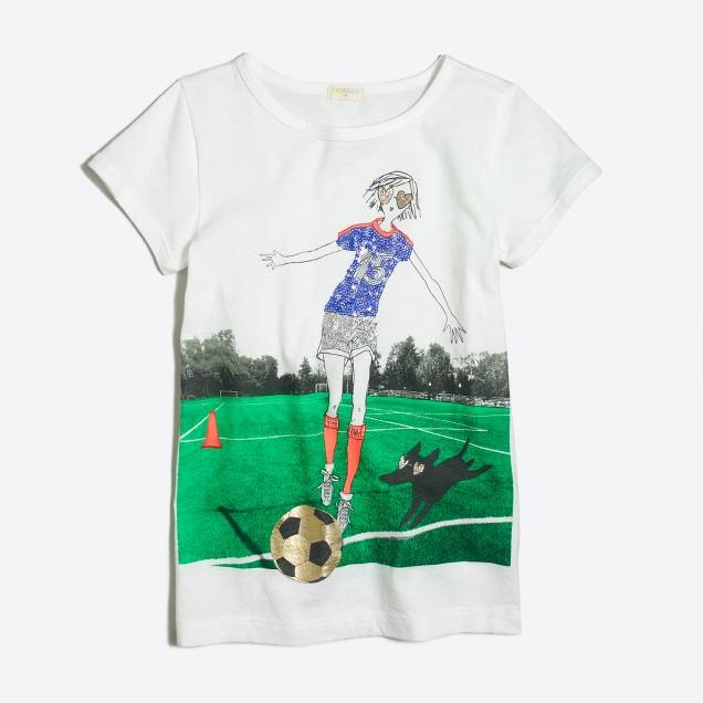 Girls' girl playing soccer keepsake T-shirt