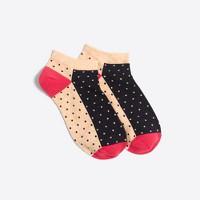 Contrast dot ankle socks