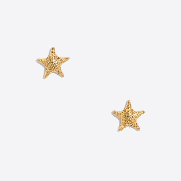 Golden starfish stud earrings
